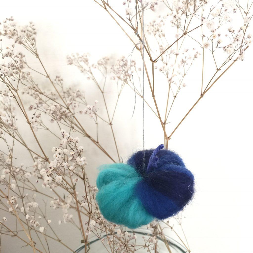 Schmetterling aus Märchenwolle DIY