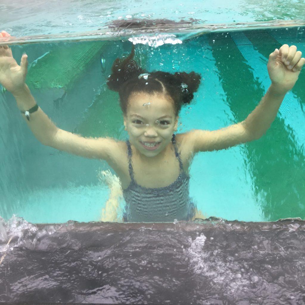 schwimmen im Naturhotel Forsthofgut