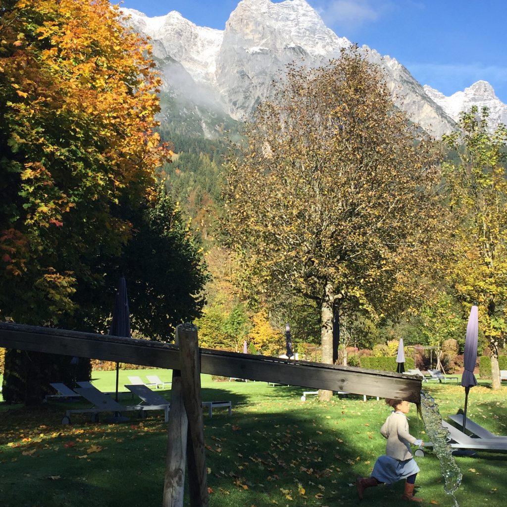 spielen im Naturhotel Forsthofgut