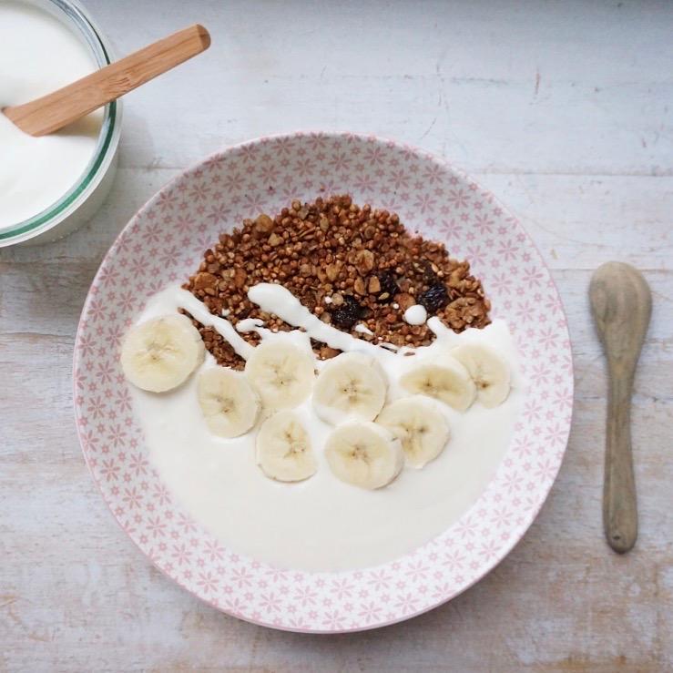 Granola Bowl mit Kokos