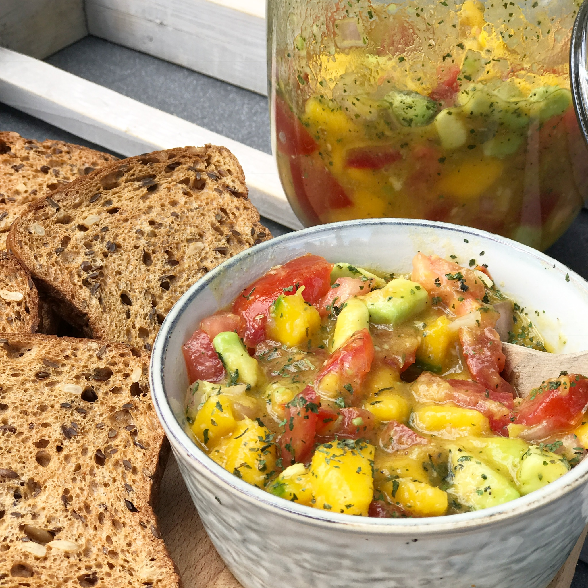 Mango Salsa Mit Dem Edeka Glutenfreien Saatenbrot Mamablog Shop