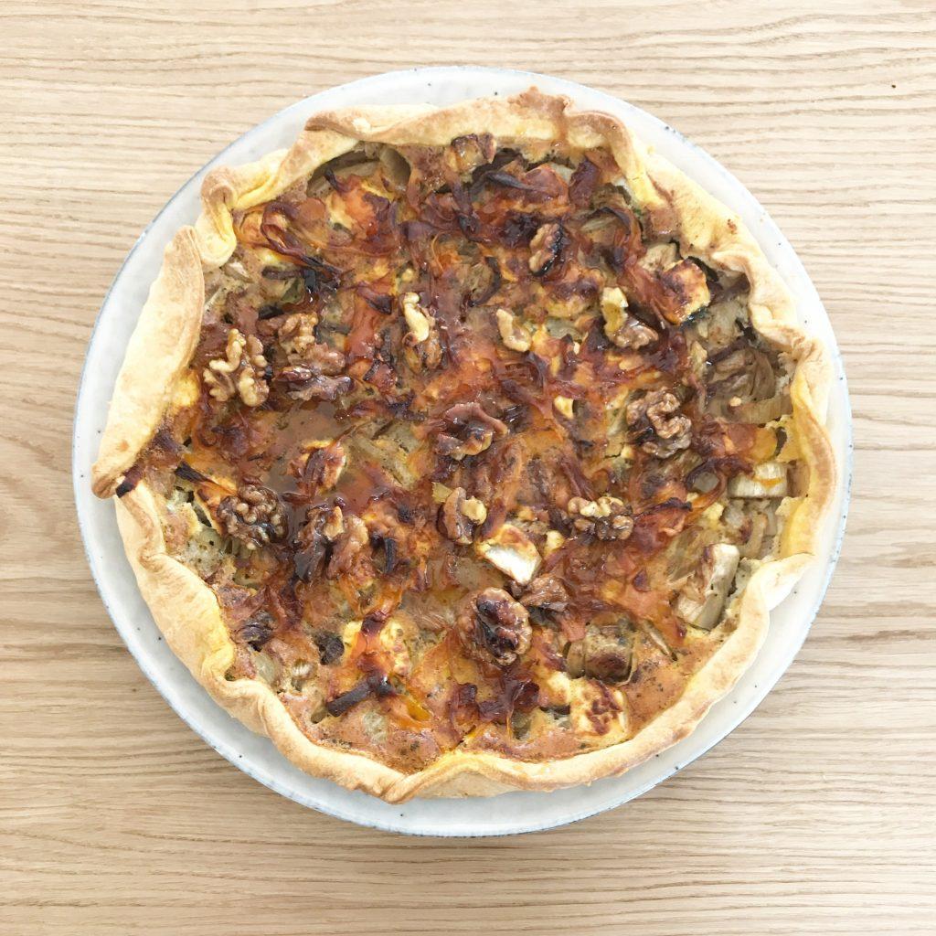 Ein leckeres Rezept für eine Fenchel Ornagen Tarte gibt es auf www.elfenkindberlin.de