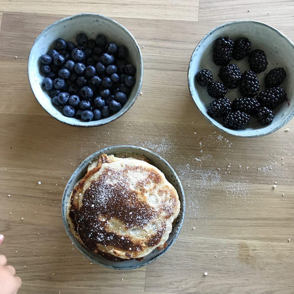 pancakes rezept ohne eier sie sind super lecker und ganz schnell fertig. Black Bedroom Furniture Sets. Home Design Ideas