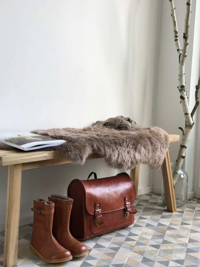 Schuhschrank ikea hack  Eingang hell, freundlich und natürlich gestalten! Ikea Hack ...