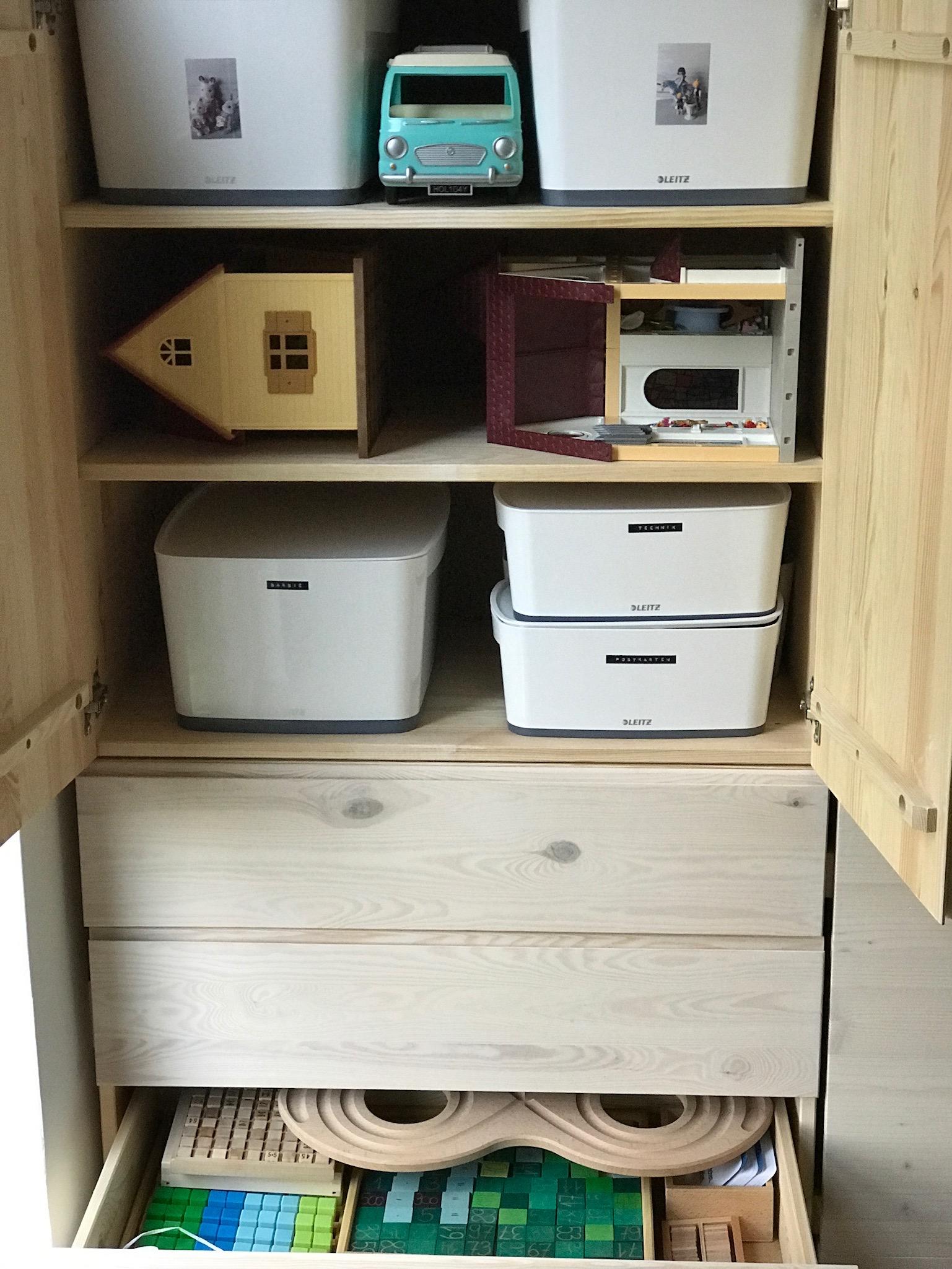 ordnung in schubladen trendy ordnung mit schubladen with ordnung in schubladen amazing nmlich. Black Bedroom Furniture Sets. Home Design Ideas