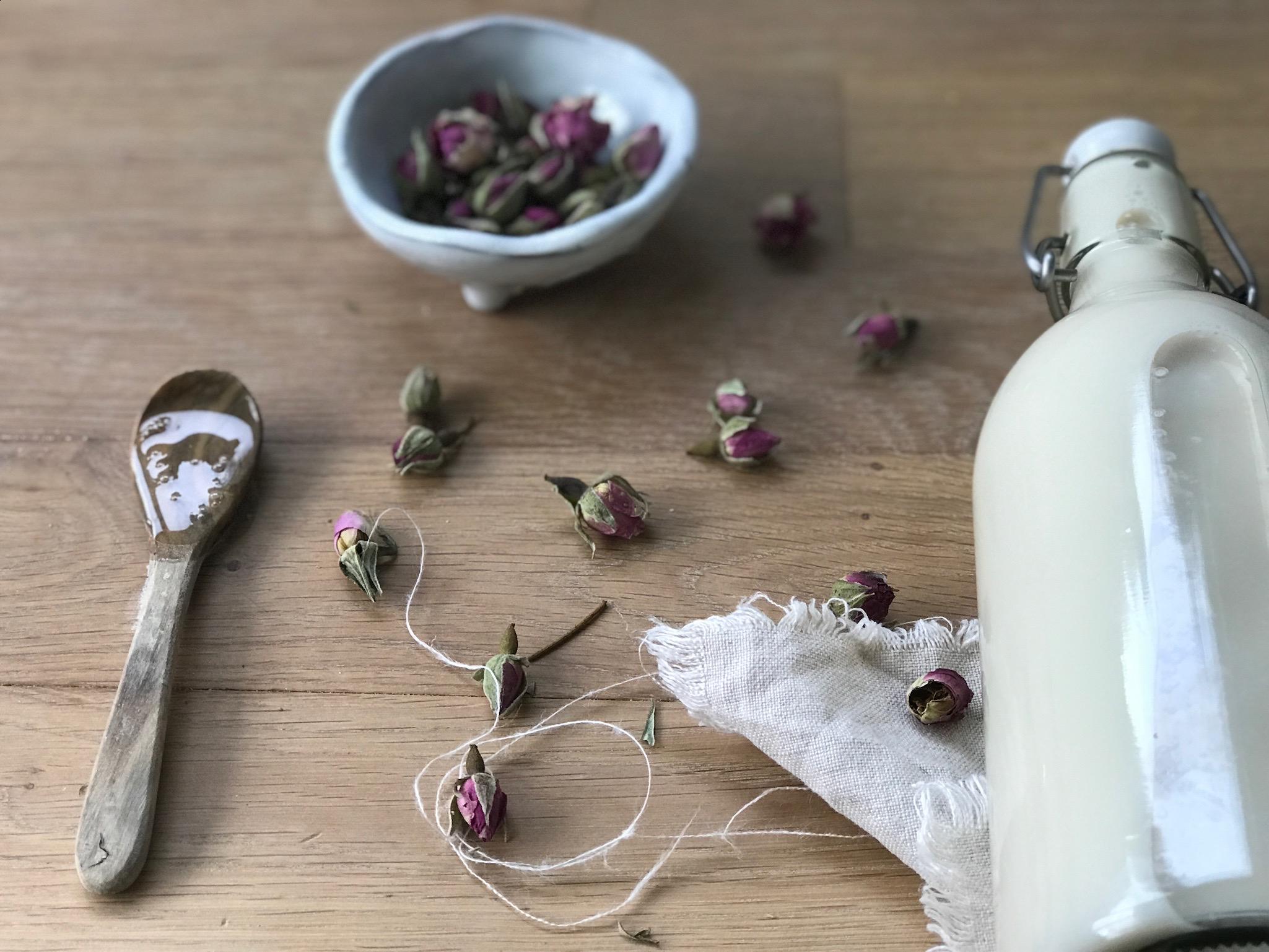 Wohlfühlritual mit selbstgemachten Milchbad und endspannungs Tipps
