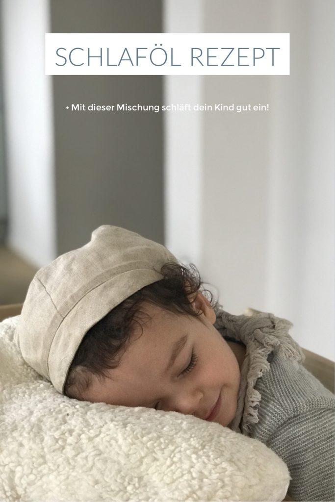 Feines Schlaföl Rezept, es geht nicht um das Thema schlafen, sondern auch um Aromatherapie für die ganze Familie! Lavendel, Rose und Zeder stehen im Fokus und mögen euch freudig umgeben.