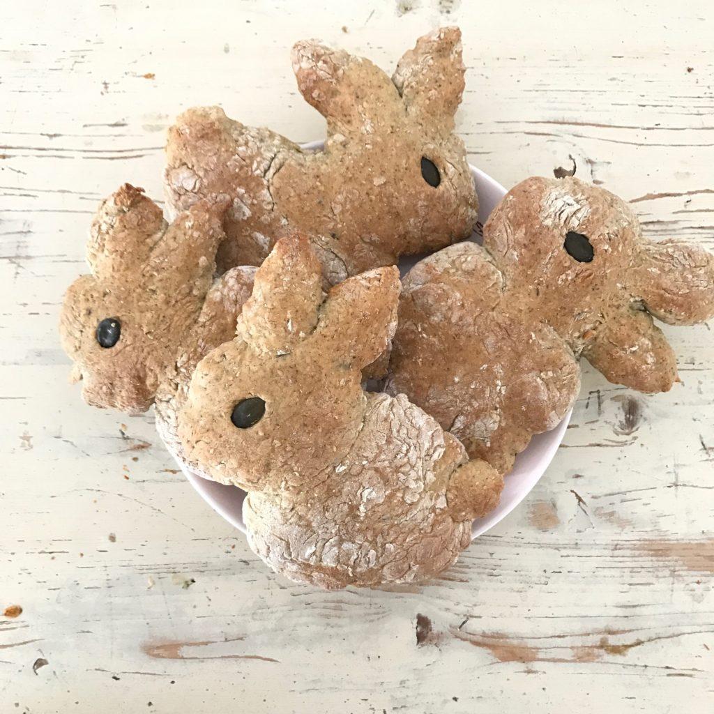 Gesunde Hasenbrötchen Rezept Zu Ostern Zum Backen Mit Kindern