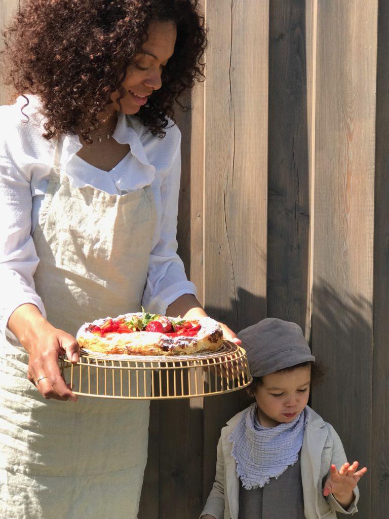 Blätterteigkuchen mit Vanille und Erdbeeren ! Dieser Kuchen ist eine Sommerliche Offenbarung! Das Rezept findet ihr auf www.elfenkindberlin.de