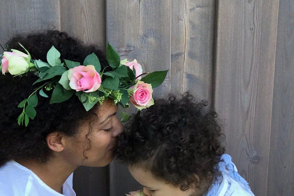 Blumenkranz zur Hochzeit binden