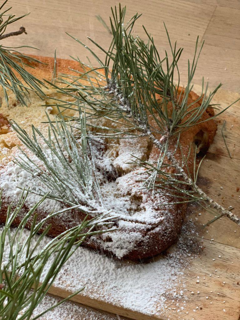 Himmlischer Apfelkuchen! Apfelkuchen Rezepte gibt ea wie Sand am Meer aber dieser himmlische Apfelkuchen aus dem Buch Backen in der Winterzeit ist einfach eine Offenbarung.