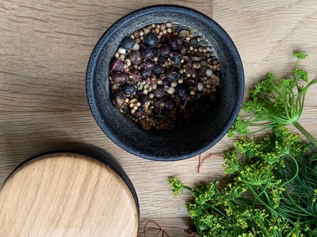 Rezept Honiggurken einkochen! Den Sommer bewahren um die Wärme des Sommers auch im Winter zu geniessen.
