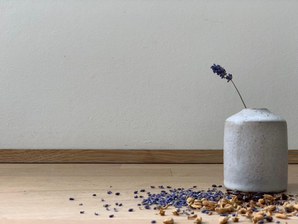 Schlafwohl Aromatherapie von Primavera |Schlafrituale für Erwachsene, um entspannt in einen erholsamen Schlaf zu kommen.mehr auf www.elfenkindberlin.de