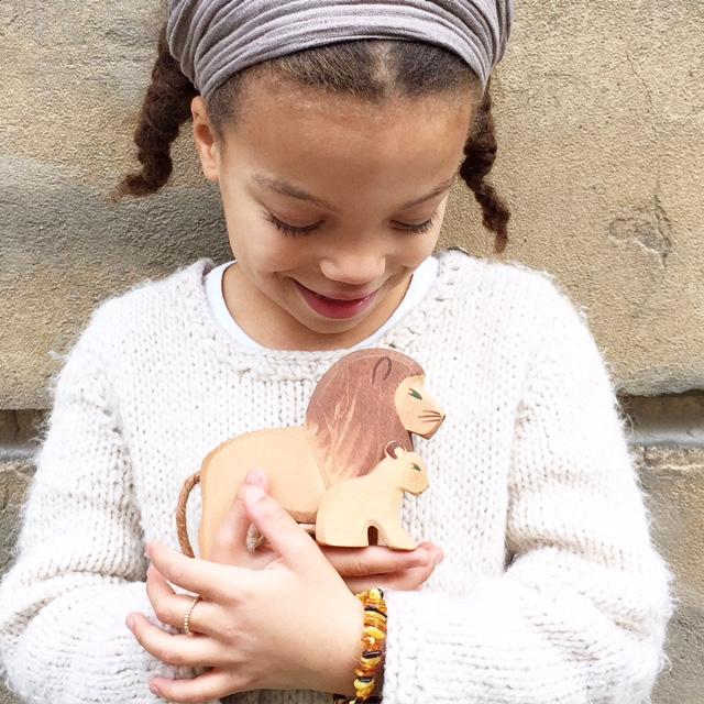 Schutztier für Kinder!Sie sind wertvoller Begleiter für unserer Kinder! Lebensbegleitende kleine Helfer! Hier erfahrt ihr wie ihr euer Schutztier findet. Sucht gemeinsam mit Eurem Kind das Schutztier und gebt euren Kindern so die Kraft die sie brauchen. Noch mehr schöne Artikel findet ihr auf www.elfenkindberlin.de